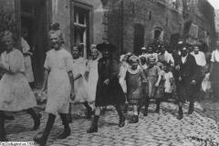 Die_Dorfjugend_um_1900
